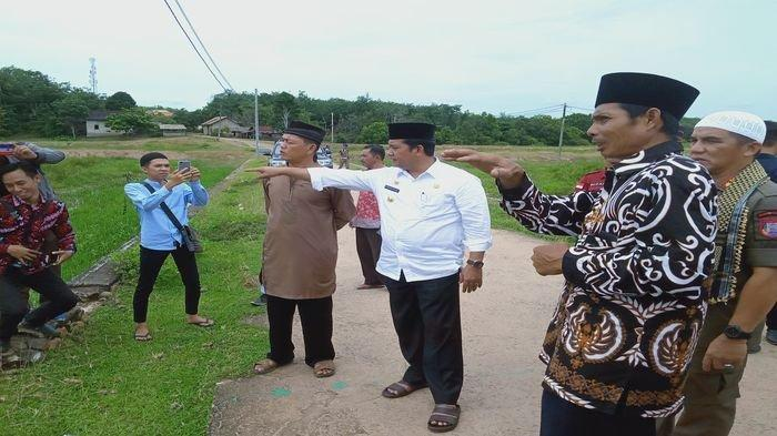 Safari Jumat Bupati Banyuasin H Askolani Imbau Lahan Sawah Harus Menghasilkan Uang