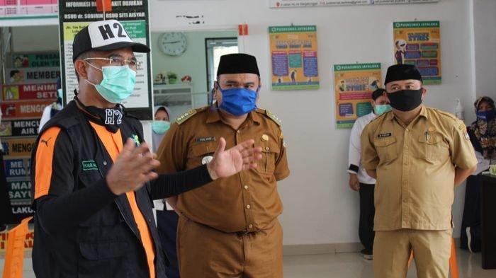 Bupati H Hendra Gunawan Cek Langsung Kesiapan Puskesmas dalam Penanganan Pencegahan Covid-19
