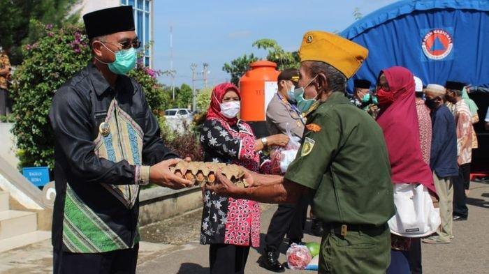 Pemkab Musirawas Salurkan Bansos Tahap II untuk Marbot, Toga, P2UKD/K, Veteran, Guru Ngaji & Ponpes
