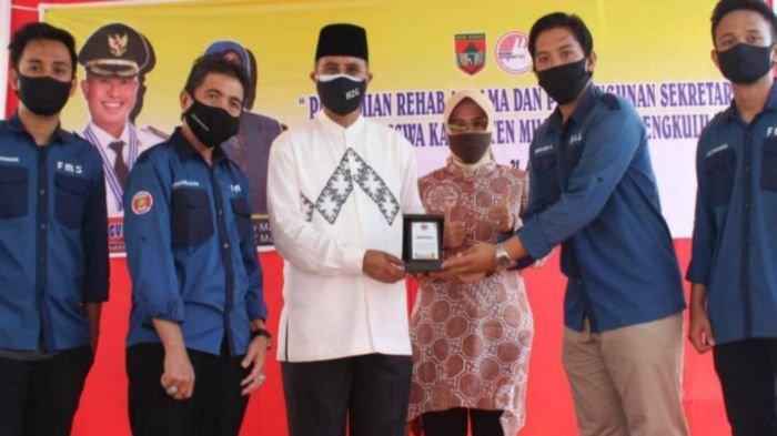 Bupati Musirawas H Hendra Gunawan Resmikan Rehab Asrama Mahasiswa Musirawas di Bengkulu