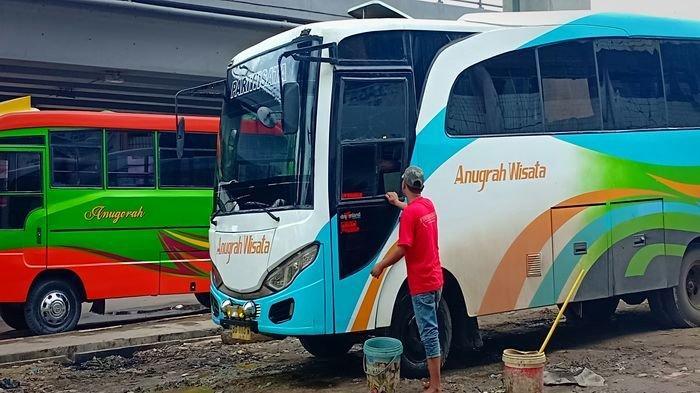 Walau Mahal Tiket Bus Diburu Pemudik, Naik Hingga 45 Persen