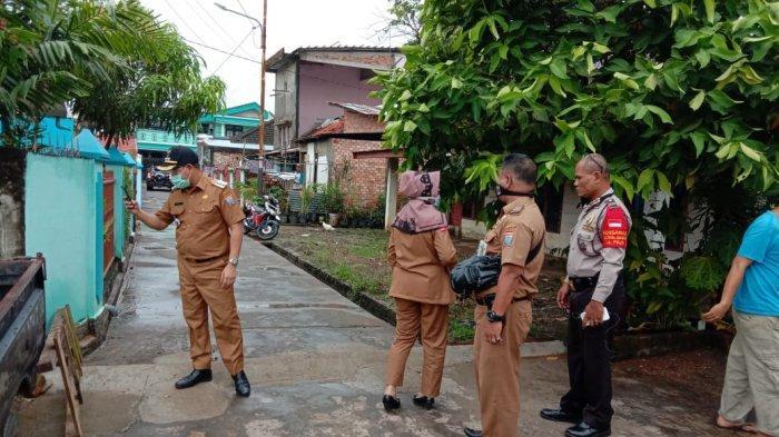 Riak Kecil Berasap dari Tanah di Talang Aman, Ternyata Berasal dari Tiang Listrik Lampu Jalan