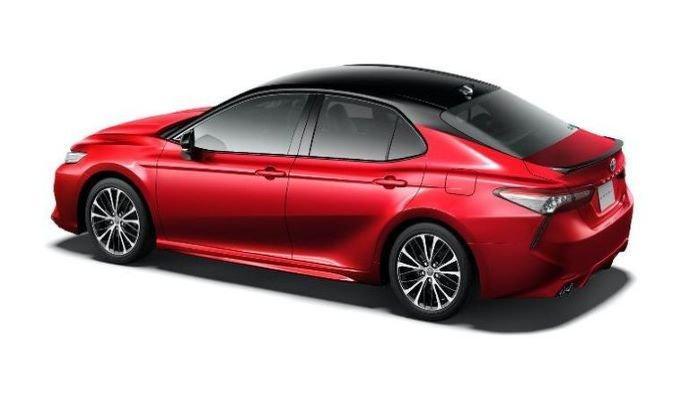 Toyota Luncurkan Camry Black Edition Varian Khusus Sambut Ulang Tahun ke-40
