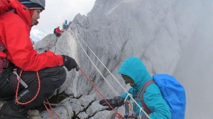 Manakah Lebih Tinggi Dari Puncak Cartensz Pyramid Ini Daftar Gunung Di Indonesia Halaman 2 Sriwijaya Post