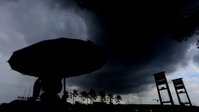 BMKG: Prakiraan Cuaca Ekstrem Terjadi  28 Maret dan 29 Maret