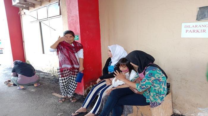 Detik-detik Seorang Pria di Palembang Tewas Ditusuk keponakan Usai Berdoa Selepas Salat Magrib