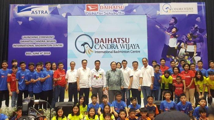Cetak Atlet Profesional Melalui Kerjasama Daihatsu - Candra Wijaya Badminton Center