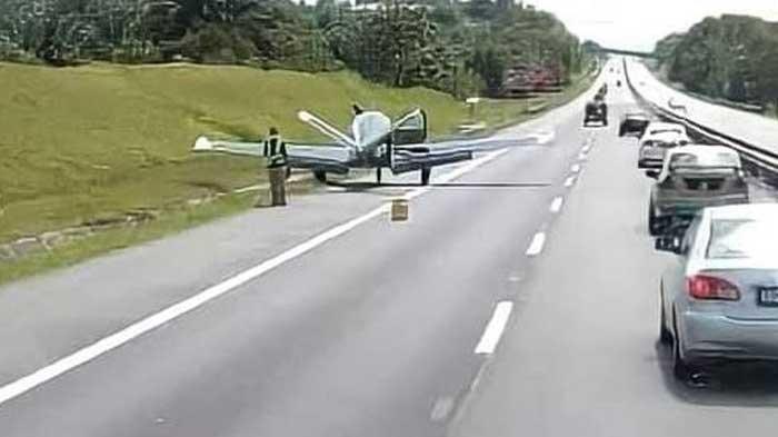 Mesin Meledak, Pilot Terpaksa Mendarat di Tol, Pengemudi Terkejut Sekaligus Kagum: Pesawat Utuh