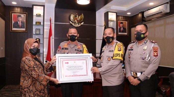 Warung SIM Drive Thru Mang PDK Satlantas Polrestabes Palembang Dapat Penghargaan dari Menpan RB RI