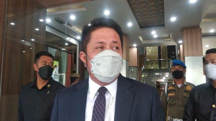 Ditegur Tito, Gubernur Sumsel Herman Deru Langsung Cairkan Insentif Nakes Rp 5,1 Miliar Sore Tadi