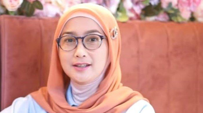 Desy Ratnasari Ungkap Siap Dilamar Lelaki Ketimbang Dicalonkan Jadi Gubernur, Berikut Alasannya