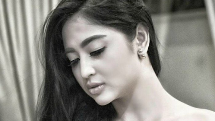 7 Artis Janda Hot Paling Diinginkan Para Lelaki Nomor 7 Sudah Mau Menikah Sriwijaya Post