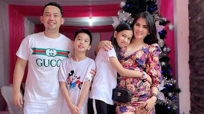 Diana Dee dan keluarga