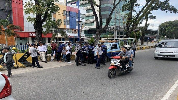 Dishub Kota Palembang Angkut Kendaraan Parkir Liar, Sambut HUT Kota Palembang