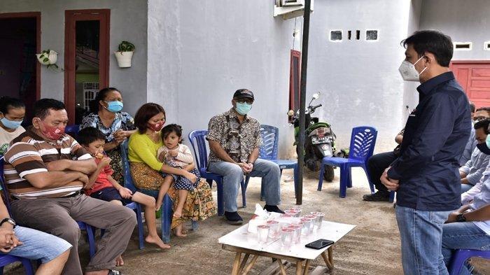 Proses Evakuasi Terus Dilakukan, Direktur Operasi dan Produksi PTBA Kunjungi Keluarga Korban