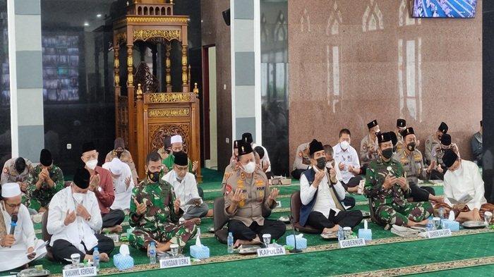 Doa Bersama Kapolda Sumsel Meminta Indonesia Terbebas dari Covid-19 dan Karhutla