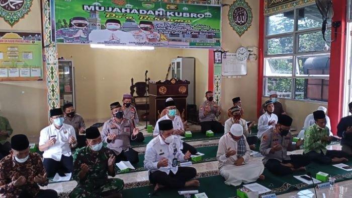 Agar Covid-19 Berlalu & Terhindar Bencana Karhutla, Jajaran Polres & Pemkab OKU Gelar Doa Bersama
