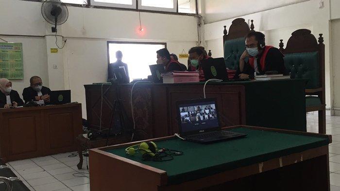 Mantan Anggota DPRD Palembang Dituntut Mati, Pengacara: 20 Tahun Aja Pak Hakim, Dia Yatim Piatu