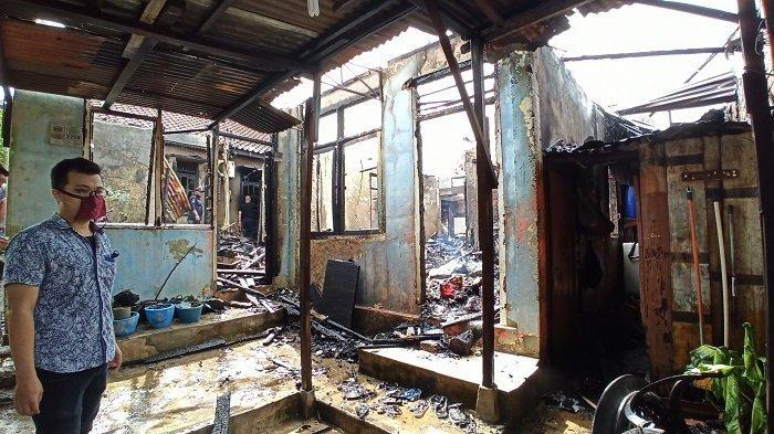 2 Rumah di Manunggal 30 Ilir Palembang Ludes Terbakar, Warga Sempat Dengar Suara Ledakan Tabung Gas