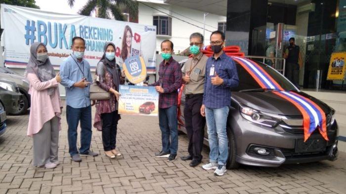 Dwi Yuniarti, Notaris/PPAT di Palembang Ini Kaget Dapat Mobil Honda Mobilio dari Undian Bank BRI