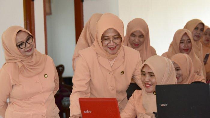 90 Pengurus dan Anggota DWP Musirawas Ikuti Pelatihan e-Reporting