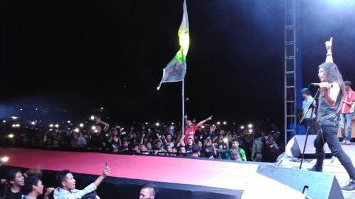 Eks Vokalis Boomerang, Roy Jeconiah, Gebrak Kota Muaraenim