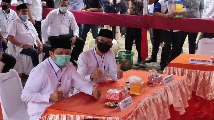 Duet Adik Gubernur Sumsel dan Putera Bupati OKU Timur Enos-Yudha Mendaftar ke KPU OKU Timur