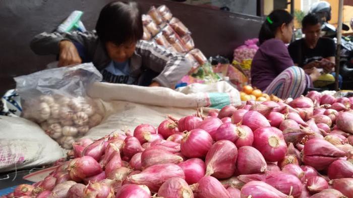 Beras Turun, Harga Bawang Merah, Cabai dan Telur di Pasar Muaradua OKU Selatan Merangkak Naik