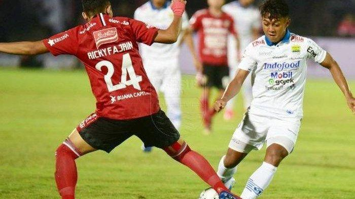 Beri Sinyal soal Persib, Ricky Fajrin Masih Negosiasi Kontrak dengan Bali United