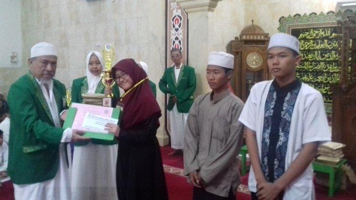 150 Anak Degdegan Nantikan Pengumuman Juara. YPABI Bagikan Hadiah Tutup Ramadan Ceria