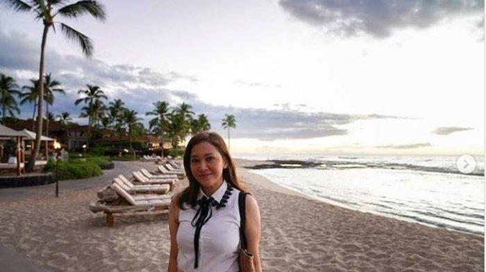 Foto Maia Estianty berada di pantai Four Seasons Resort Hualalai, Hawaii, Amerika Serikat, Selasa (14/9/2021) Waktu Hawaii