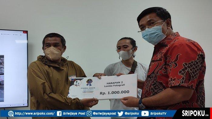 FOTOGRAFER Sriwijaya Post dan Tribun Sumsel Sabet Juara Sayembara Hapernas 2021