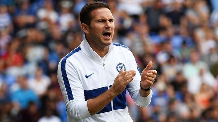 Dinilai tak Becus Tangani Chelsea, Frank Lampard Pasrah Jika Dipecat: Itu Bukan Keputusan Saya