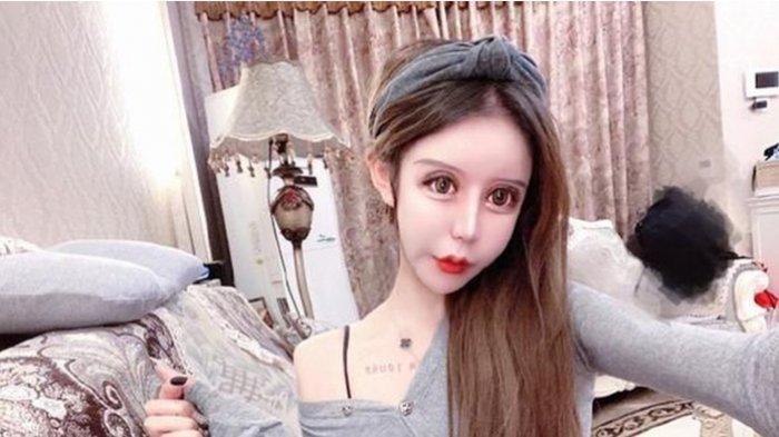 KISAH Seorang Gadis Operasi Plastik Lebih 60 Kali, Wajah Asli Jadi Sorotan, Dijuluki Boneka Hidup!