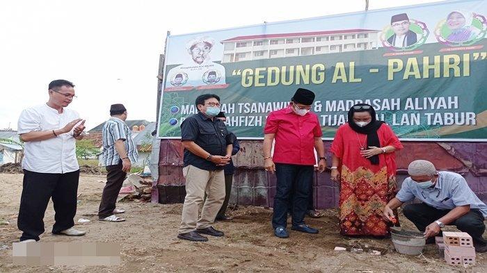 Lanjutkan Cita-cita Almarhum Pahri Azhari, Lucianty Eks Anggota DPRD Sumsel Bangun Gedung Al Pahri