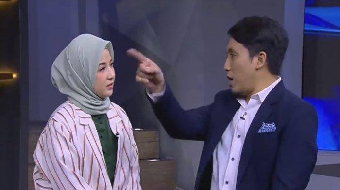 Gegara Hal Sepele Desta 'Omelin' Natasha Rizky di Depan Vincent Live di TV, 'Ini Kebawa Sampe Kasur'