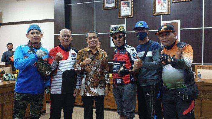 Sambangi Kantor Pemkab Ogan Ilir, Komunitas Sepeda Tanjung Atap - Tanjung Batu Hendak temui Ardani