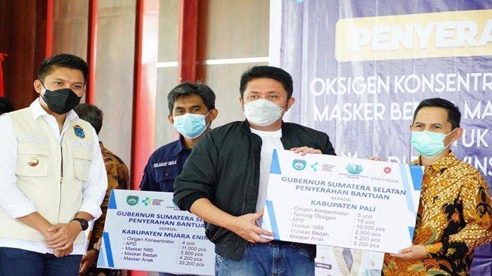 HD Serahkan Bantuan dan Hibah Oksigen Konsentrator Ke Rumah Sakit di 17 Kabupaten/Kota se Sumsel