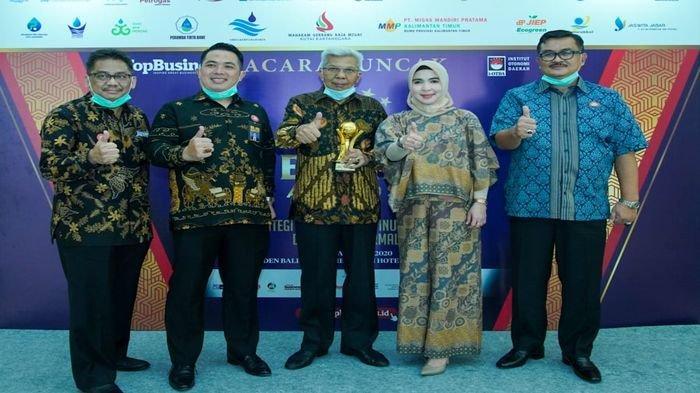 Gubernur Deru Terpilih Top Pembina BUMD Awards 2020, Penghargaan Diterima Wagub Mawardi Yahya