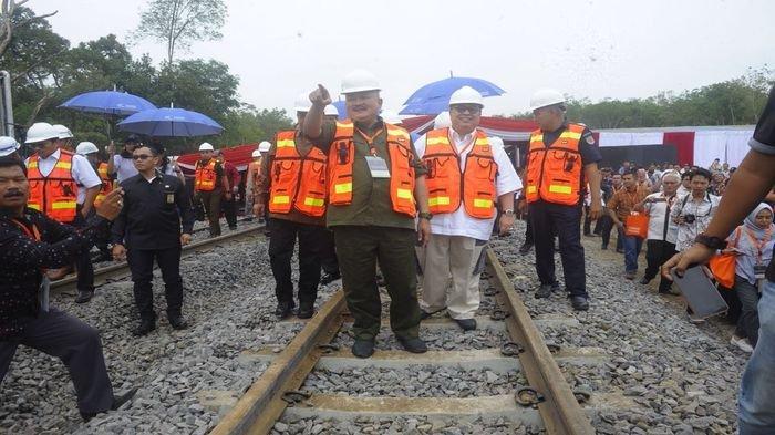 Alex Noerdin Hadiri Ground Breaking Ceremony Jalur Kereta Api Khusus Batu Bara Servo Railway