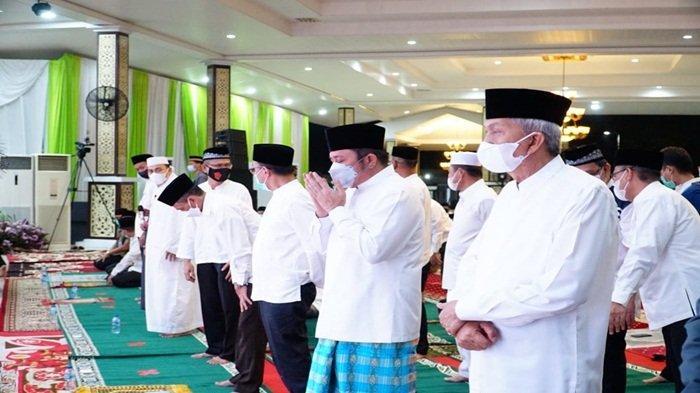 HD MY Hadiri Penutupan Pengajian Ramadhan 1442 H Pemprov Sumsel