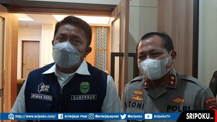 Kapolda Sumsel Irjen Pol Toni Harmanto saat silaturahmi bersama Gubernur Sumsel Herman Deru di kantor Gubernur Sumsel,  Senin (6/9/2021).