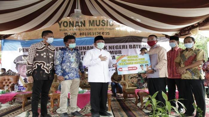 Herman Deru Inginkan SMKN Batumarta Dikenal Karena Kualitasnya & Jadi Percontohan Bagi Sekolah Lain