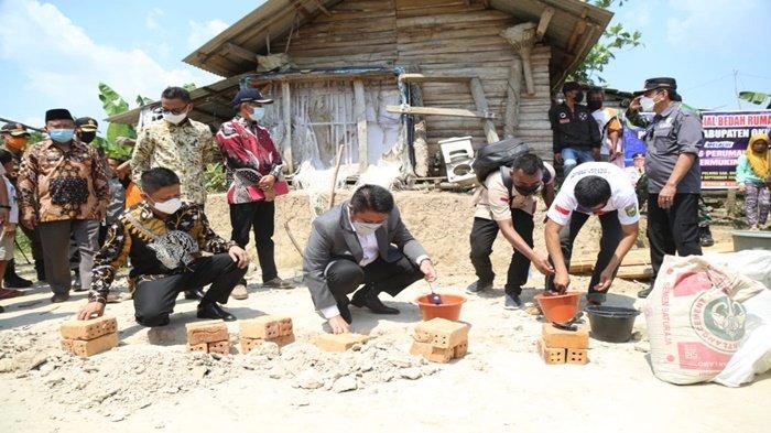 Launching Bedah Rumah, HD : Tingkatkan Taraf Kesehatan dan Kesejahteraan Masyarakat