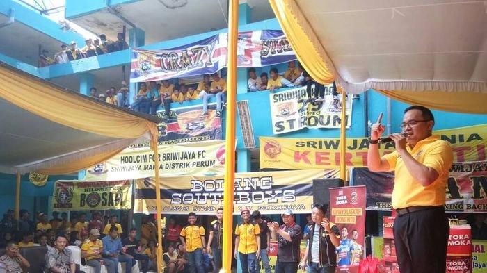 Dodi Reza Nyanyi Bersama Suporter:Doakan Saya Amanah dan Selalu Jaga Sriwijaya FC