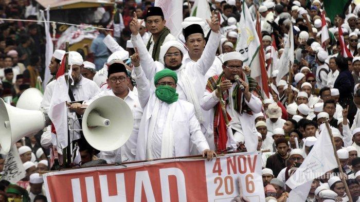 Nyali Besar Habib Rizieq Disebut akan Pimpin Revolusi, Istana tak Tinggal Diam, Jokowi Keseret!
