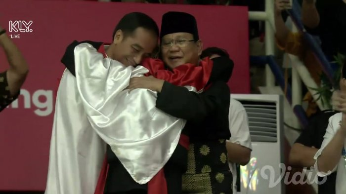 Presiden Jokowi Tegaskan Tak Ada 01 dan 02 Tetapi Persatuan Indonesia: Pak Prabowo Sahabat Saya