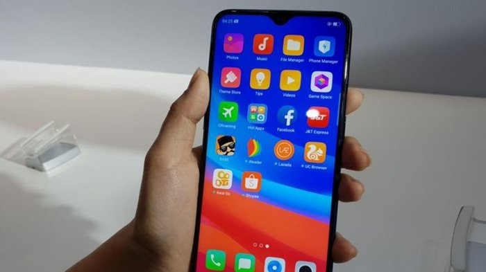 harga-resmi-dan-spesifikasi-hp-atau-smartphone-oppo-f9_20180824_165151.jpg