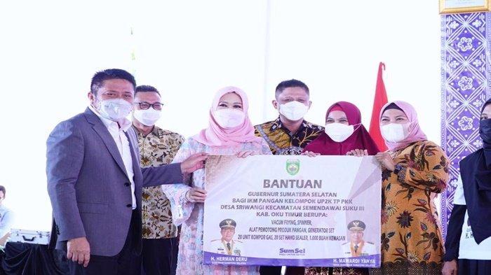 HD Luncurkan Program Kemuliaan di 17 Kabupaten dan Kota
