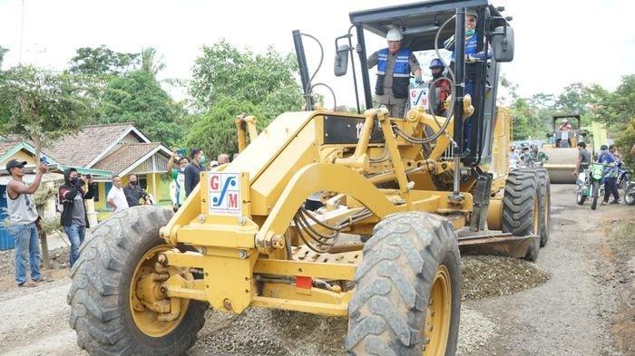 Gubernur HD Tinjau Langsung Pembangunan Kakan di Musi Rawa Setelah Serahkan Bantuan Rp 81 M